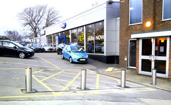 Green Gate Access Systems - Automatic rising bollards at Ford car dealership