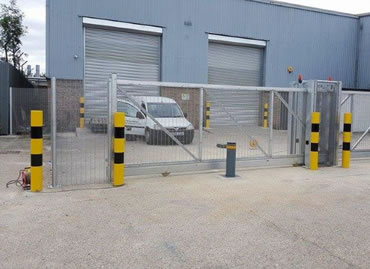 Innovative sliding security for Triptych Logistics